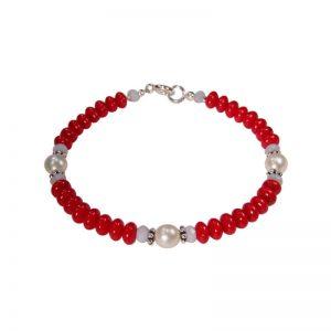 Armband mit roter Koralle, Chalzedon und Perlen