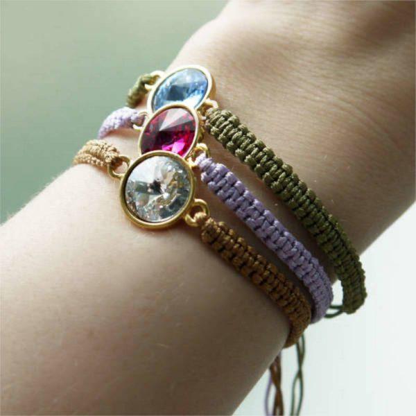 Geflochtenes Armband mit bunten Kristallen - Varianten