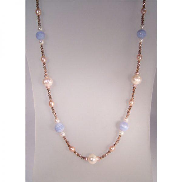 Longkette mit Perlen und Chalzedon