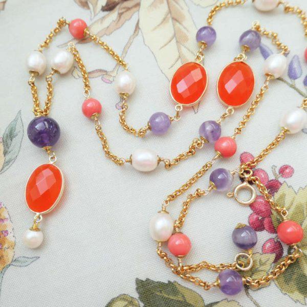 Y-Longkette mit Amethyst, Chalzedon und Perlen