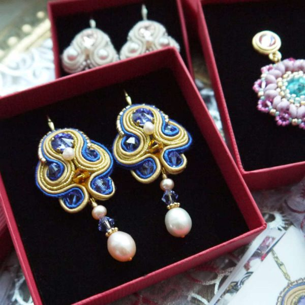 Soutache-Ohrringe Blau-Gold