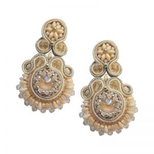 Statement-Ohrringe mit Soutache in Nude