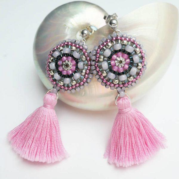 Rocailles-Ohrringe mit Quaste in Rosa