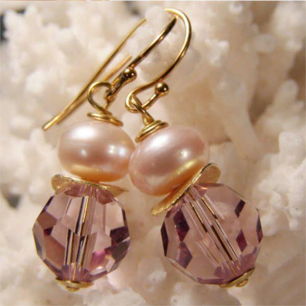 Ohrhänger mit Perle und Kristall in Hellrosa - Variante in Silber vergoldet