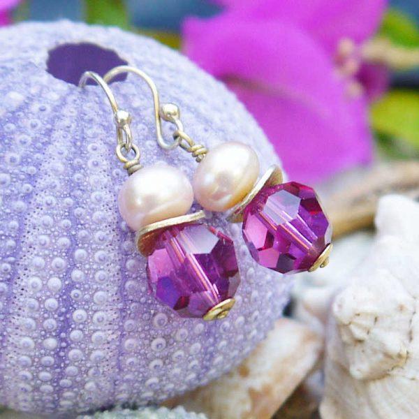 Ohrhänger mit Perle und Kristall in Fuchsia - Variante in Silber vergoldet