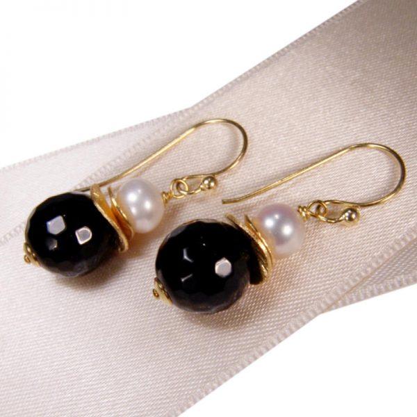 Klassische Ohrhänger mit Onyx- Version Silber vergoldet