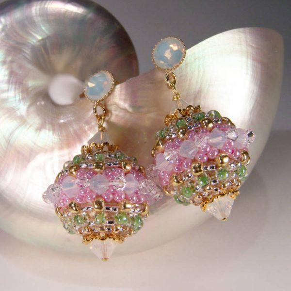 Ohrhänger Rocailles-Kugel Rosa-Pastell